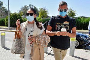 Los fans de Isabel Pantoja atacan a Agustín Pantoja al grito de «okupa»