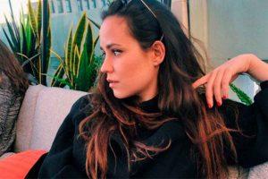 Carolina Monje pone tierra de por medio antes del primer aniversario sin Álex Lequio