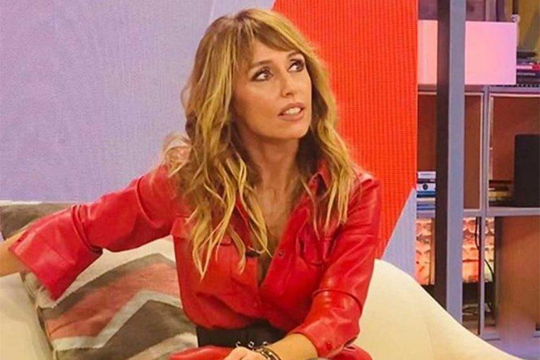 Fotos del día: Emma García reaparece desde casa tras anunciar su positivo en Covid