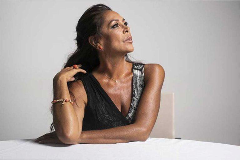 Giro inesperado en la trama Cantora: El 'as' de Isabel Pantoja