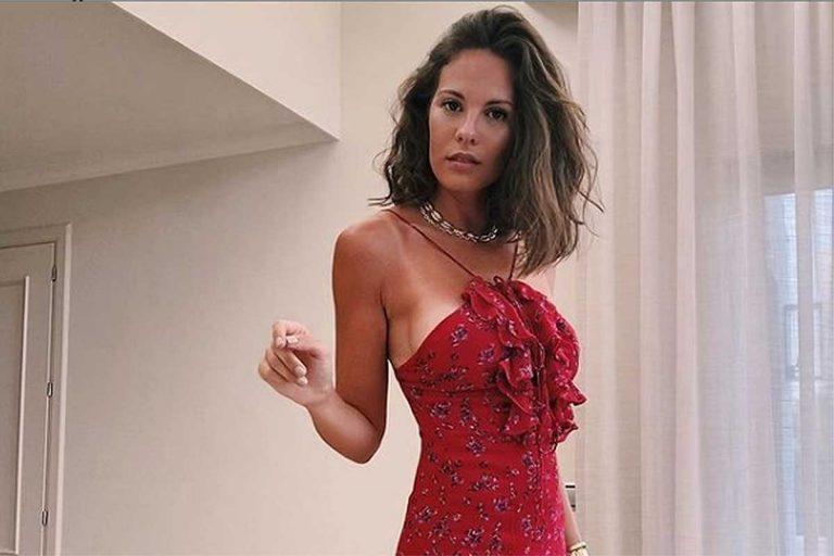 Jessica Bueno abre su armario y vende algunas de sus prendas más exclusivas