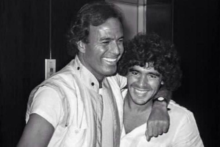 Julio Iglesias y otros famosos que lloran la muerte de Maradona
