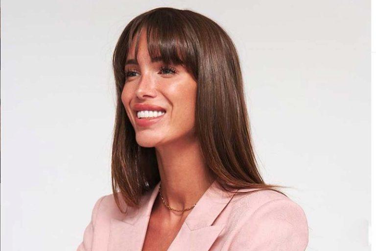 Marta López enseña cómo era su cara antes de operarse la nariz