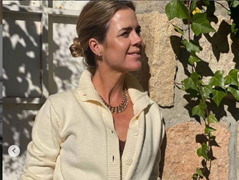 Amelia Bono tiene el vestido de cebra ideal para todo y por menos de 40 euros