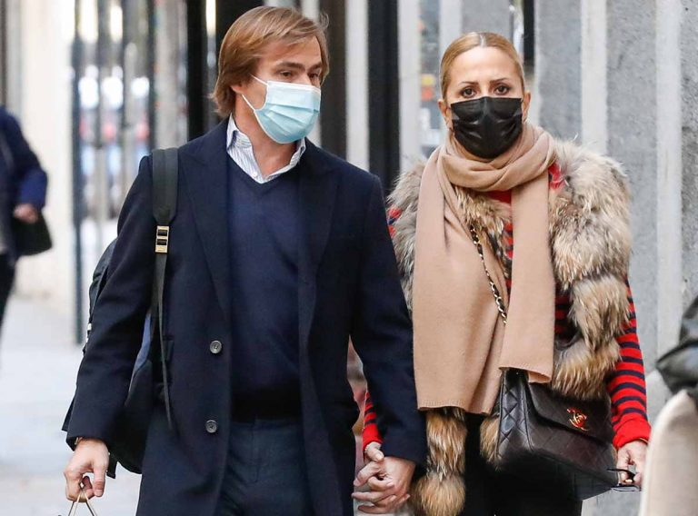 Marta Sánchez reaparece con su novio tras un periodo «ausente»