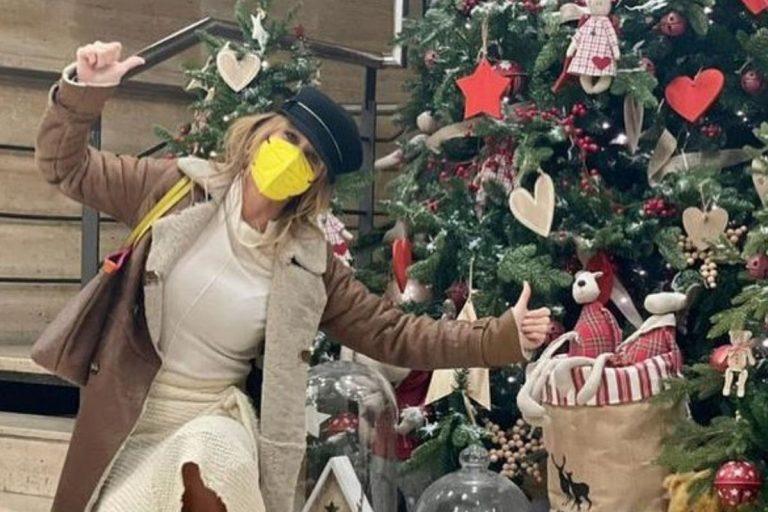 Emma García desvela cómo pasará su Navidad «más extraña»