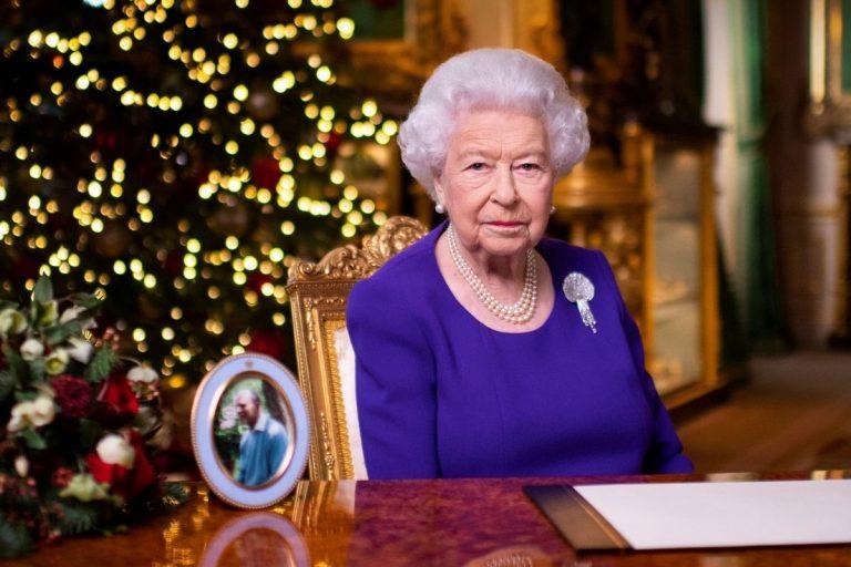 El emotivo discurso navideño de Isabel II: «Lo único que queremos en estas fechas es un abrazo»