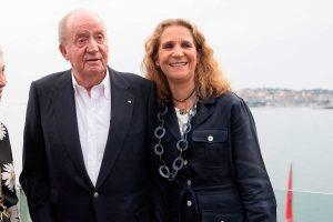 La Infanta Elena espera acoger al Rey Juan Carlos en su casa por Navidad, según Carlos Herrera