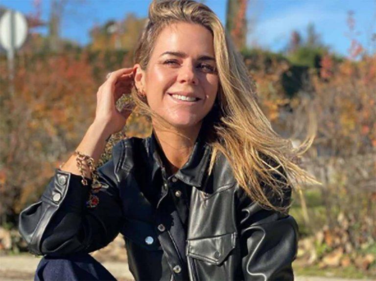 Amelia Bono tiene el nuevo vaquero de Zara que estiliza y disimula tripa