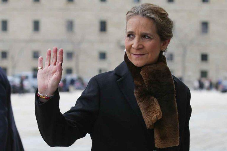 ¿Ha llegado ya la infanta Elena a Madrid tras visitar a su padre, Don Juan Carlos, en Abu Dabi? Su coche ya está en casa