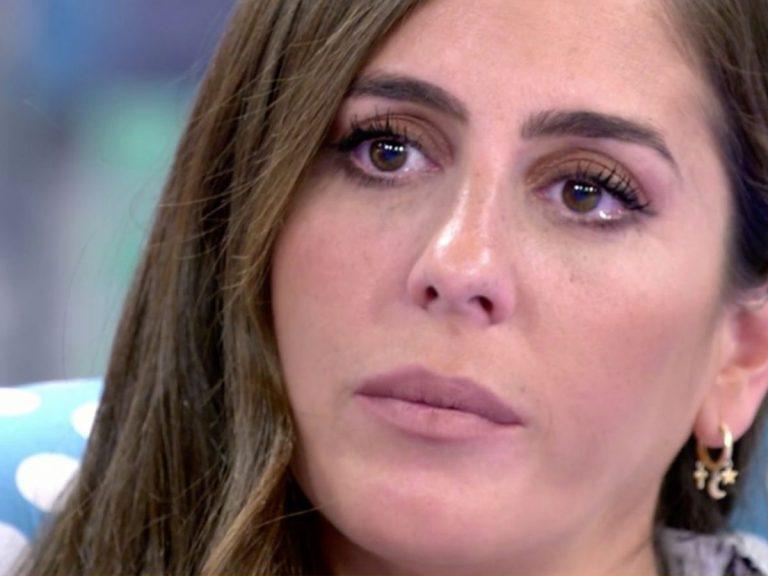 Anabel Pantoja se rompe ante las críticas de Jorge Javier Vázquez