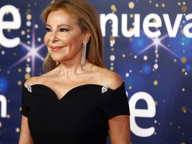 Las ofertas de trabajo que Ana Obregón estudia para su regreso triunfal, según Susana Uribarri