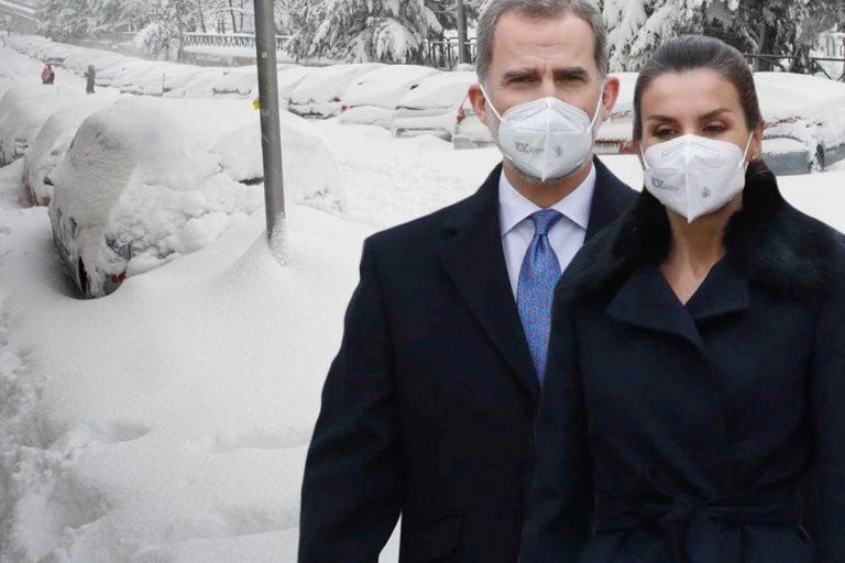 Los Reyes, Felipe y Letizia, muestran su preocupación por los efectos del temporal de nieve de Filomena
