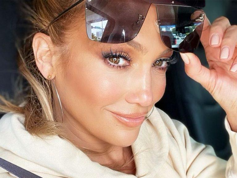 El vídeo en el que Jennifer López muestra su cara sin maquillaje ¡y con orgullo!