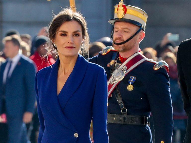 Todos los looks de Letizia en la Pascua Militar (y el misterioso caso del modelo de Caprile)