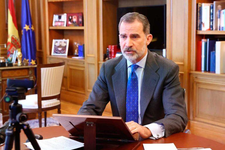 El Rey Felipe reaparece tras el temporal: «La vida cotidiana se ha convertido en un desafío»