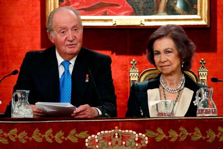 Los Reyes Juan Carlos y Sofía, ¿los últimos en ser vacunados contra la Covid?