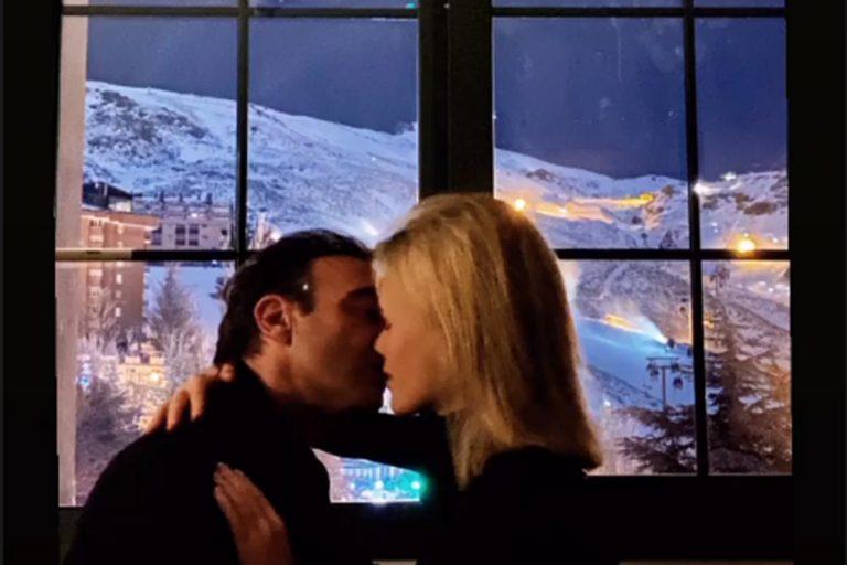 Fotos del día: El romántico beso de Enrique Ponce y Ana Soria