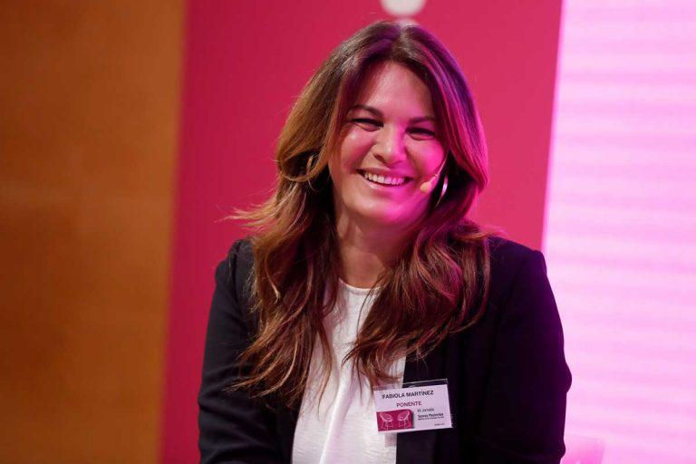 Fabiola Martínez vuelve a hincar los codos: ¿qué está estudiando?