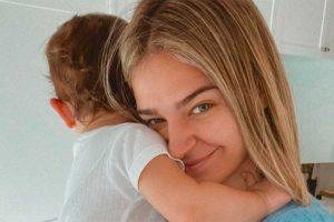 Laura Escanes se enfrenta a un duro momento para una madre