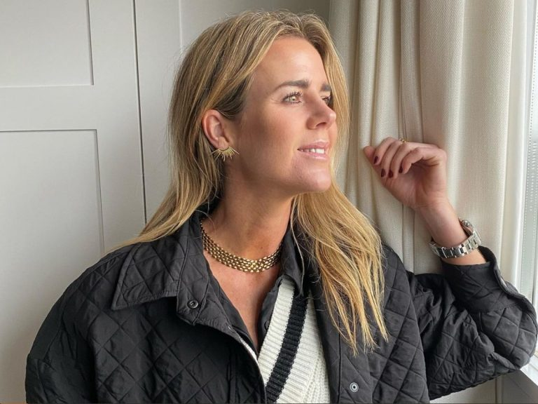 Amelia Bono combina las mejores prendas de Zara con un bolso de más de 3.000 euros