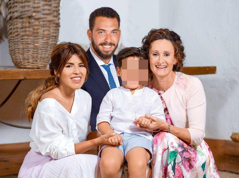 Estas son las fotos del peor día de Chabelita Pantoja: el bautizo de su hijo