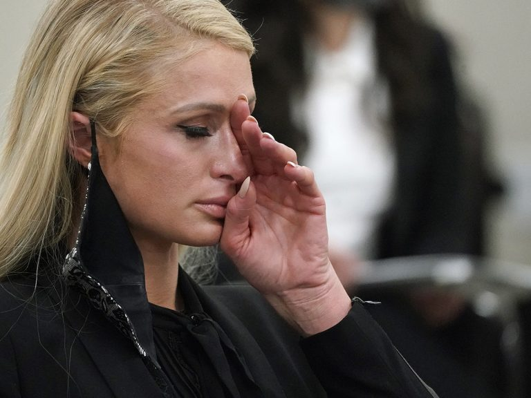 """Paris Hilton, víctima de abusos: """"Era solo una niña y me sentía violada a diario"""""""