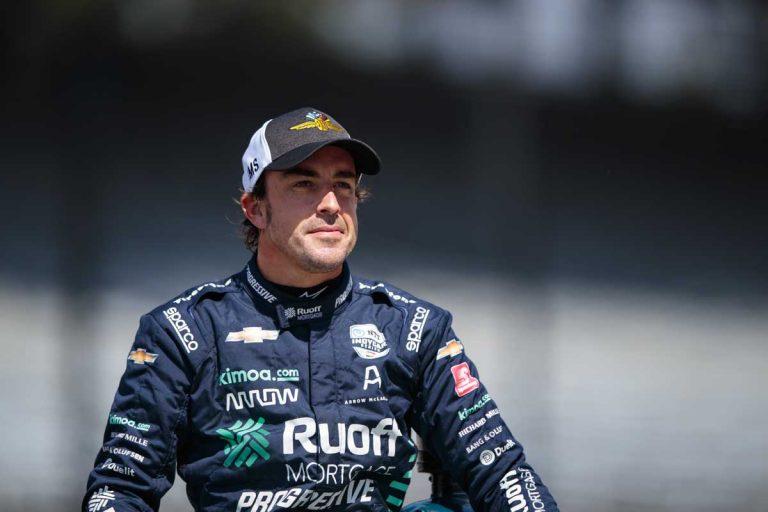 Fernando Alonso, operado de urgencia de la mandíbula tras ser atropellado: ha perdido varios dientes
