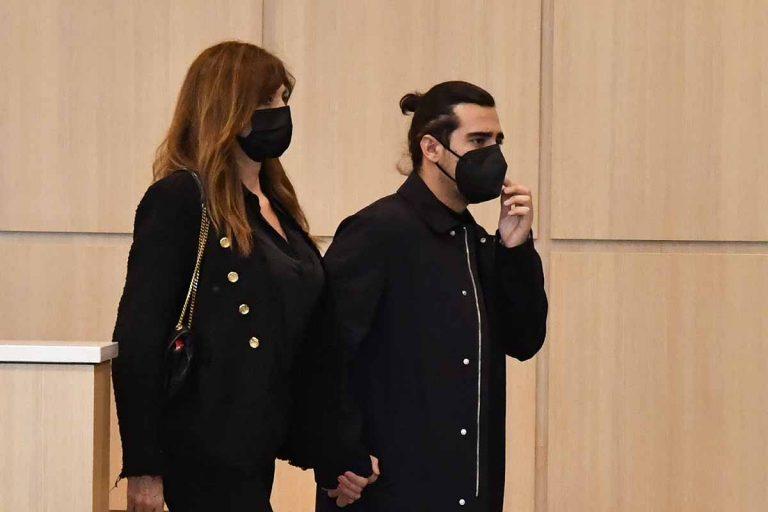 Mariló Montero apoya a su ex, Carlos Herrera, en el funeral de su madre