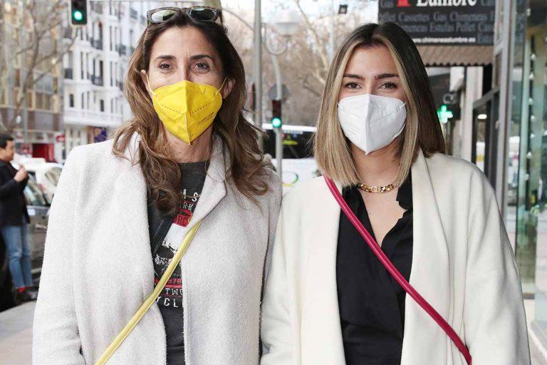 Paz Padilla y Anna Ferrer coordinan sus looks para ir de compras