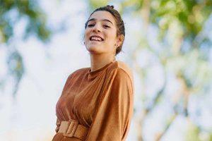 Alma Cortés Bollo se pone aparatos para al fin presumir de sonrisa perfecta