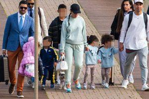 Así se apaña Georgina Rodríguez para viajar con todos sus hijos (y sin Cristiano)