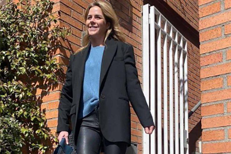 Amelia Bono se atreve con las primeras sandalias de la temporada