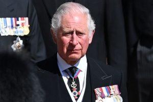 Las lágrimas de Carlos de Inglaterra en la despedida a su padre, Felipe de Edimburgo