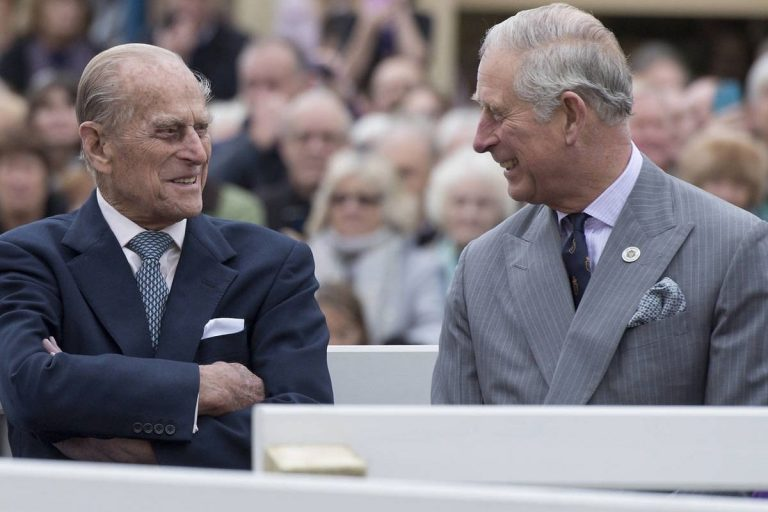 El bonito homenaje del príncipe Carlos de Inglaterra a su «querido papá», Felipe de Edimburgo