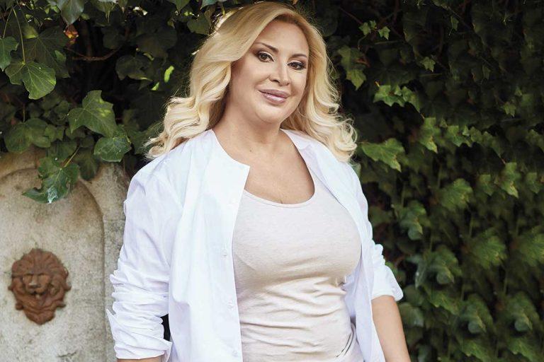 Raquel Mosquera, ingresada por un brote psicótico tras su disgusto con Rocío Carrasco