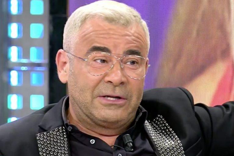 Jorge Javier Vázquez se marca un calvo tras la expulsión de Antonio Canales en 'Supervivientes 2021'