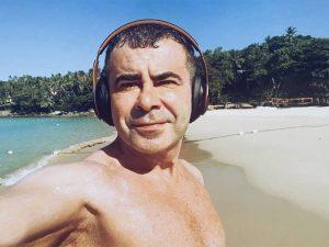 Fotos del día: Jorge Javier Vázquez enseña su mayor entretenimiento cuando no está en un plató de televisión
