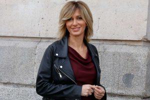 Copia la americana de rayas de Susanna Griso para ir al trabajo