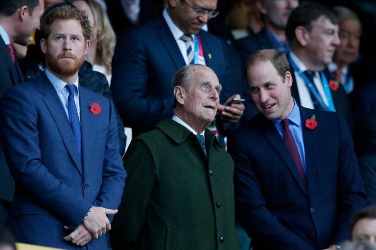 La pulla del príncipe Guillermo a su hermano: «Kate y yo seguiremos haciendo lo que él hubiera querido y apoyaremos a la reina»