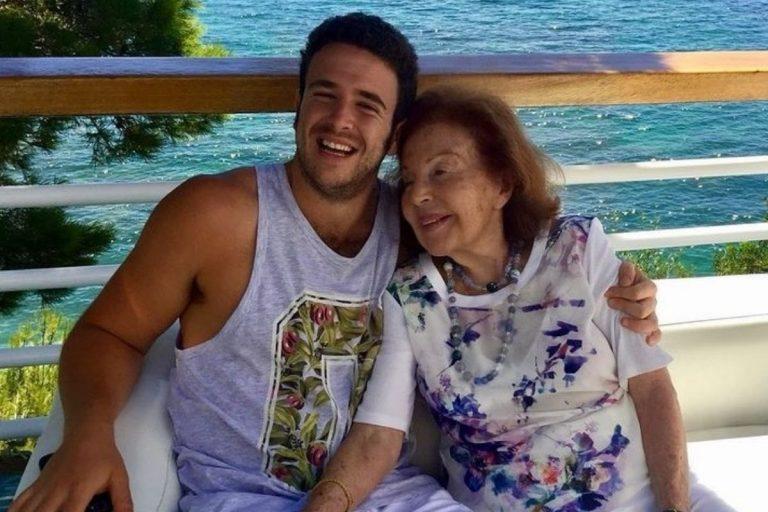 La desconsolada súplica de Ana Obregón a su hijo Aless y su madre para olvidar «esta vida sin vosotros»