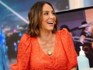 El vestido, inspirado en un mantón de Manila, con el que Tamara Falcó se convierte en la invitada ideal