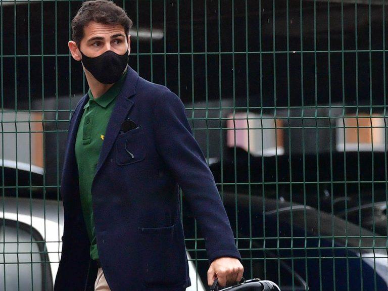 Primeras imágenes de Iker Casillas tras el susto de salud que le llevó a urgencias