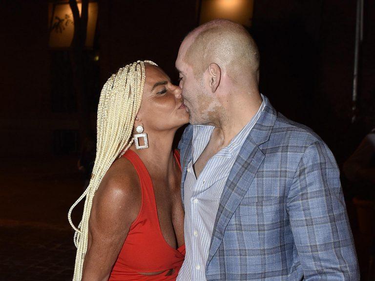 Leticia Sabater presenta a su nuevo novio con un beso de película y un notición para el verano