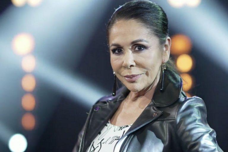 Isabel Pantoja, con fuerza y dispuesta a «vibrar» en el estreno de 'Top Star'