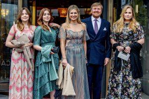 Esmeraldas, Louboutin, alpargatas… El desfile de Máxima de Holanda y sus hijas en la fiesta de su 50 cumpleaños