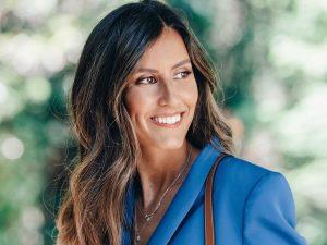 El bolso personalizado de Ana Boyer y otras prendas que puedes llevar con tus iniciales