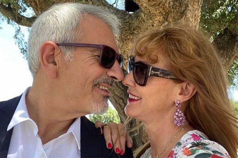 La escapada romántica de Carlos Sobera y su mujer, Patricia Santamarina, para acudir a una boda de amigos