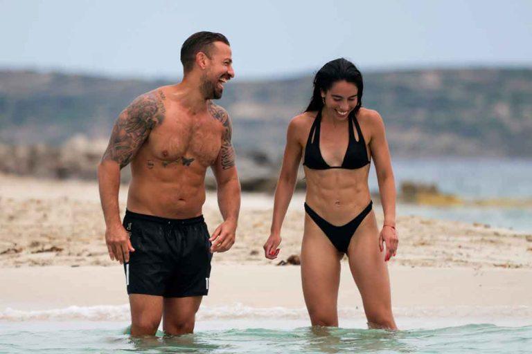 Rafa Mora y Macarena, amor en aguas de Ibiza: todas sus fotos más románticas