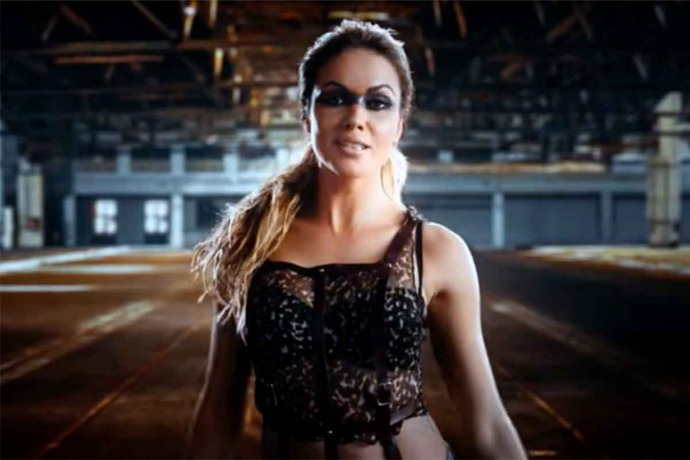 Así es el videoclip de 'Juntos somos más', el debut como cantante de Lara Álvarez
